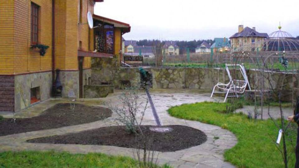 Для того чтобы переходить к строительству открытого бассейна, сначала следует провести подготовительные работы.